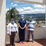 Entrega de visores a pacientes vulnerables, Conocoto. Crédito: Programa de Vinculación Comunitaria